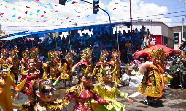 Le carnaval d'Oruro en Bolivie : Deux siècles de festivités témoignant d'un mélange de tradition et de colonisation