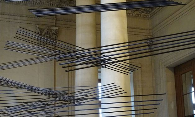 ELIAS CRESPÍN en el Museo del Museo Louvre para siempre