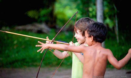 Le tour du monde réalisé par Garcia Anouk, photojournaliste, entre jungle amazonienne, Europe, Asie et Océanie