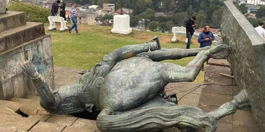 Estatuas de la época colonial en Bogotá