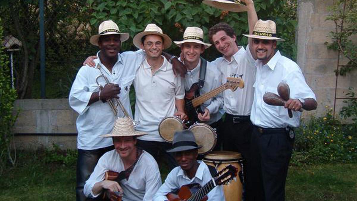 Interview avec François Biscaye du groupe de salsa et de son cubain Barrio del Este