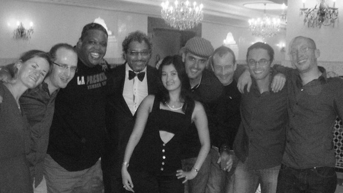Entrevista con François Biscaye del grupo de salsa y de son cubano Barrio del Este